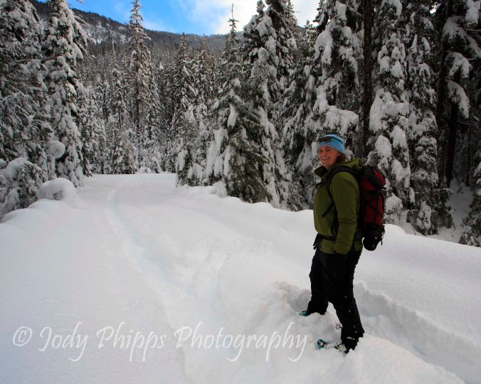 Snowshoeing along the North Fork of the Tieton River