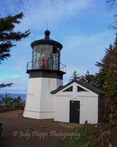 Standing just 38 feet tall, the lighthouse at Cape Meares is one of the shortest I've seen.
