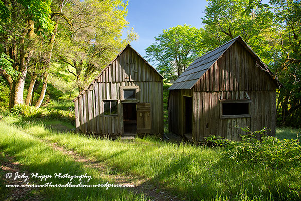 Shepherd's cabins at Home Place.