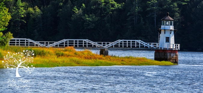 Doubling Point Light on the Kennebec River
